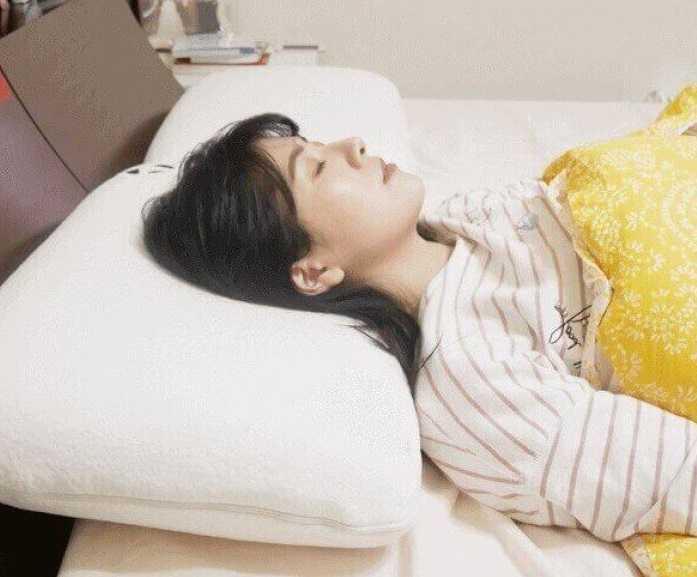 Формы ортопедических подушек. Как выбрать правильную